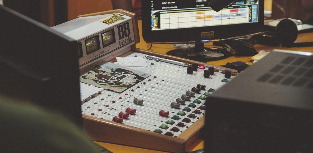 100 años del nacimiento de la Ingeniería Electrónica y Radiodifusión