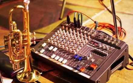 Conjunto de música contemporánea para trabajar material musical tanto de investigación, ejecución, arreglos y composición.