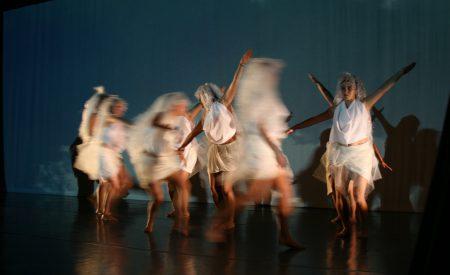 En la danza, la vida brilla y resplandece