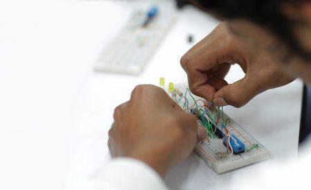 El Poder de la Electrónica Integrada