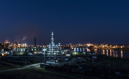 ¿Cómo impacta en la economía nacional la caída internacional del precio del petróleo?