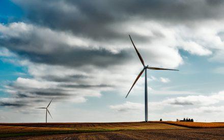 Mecatrónica en la generación de energía eléctrica por medios alternativos