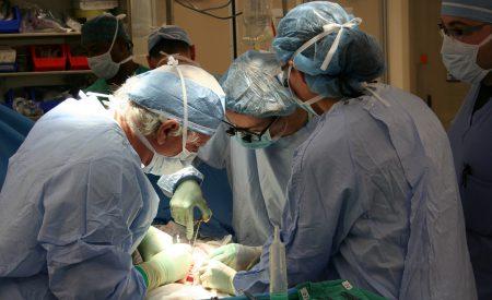 Trasplantes de órganos en la era del COVID-19