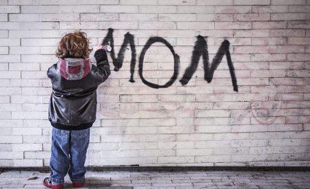 Escribiendo la maternidad